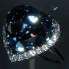 El anillo de diamantes